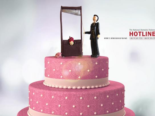 The National Domestic Violence Hotline Print Ad -  Wedding cake, 3
