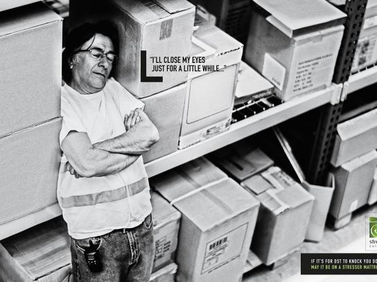 Stresser Colchões Print Ad - While