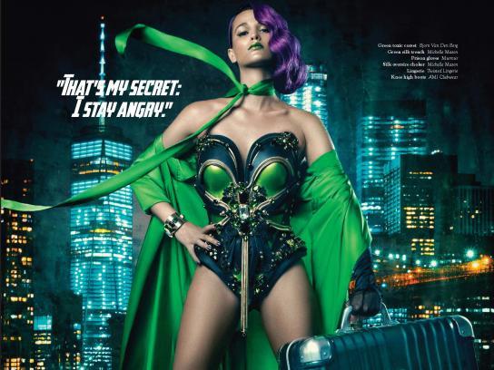 Deseno Print Ad - Women Superheroes - Hulk