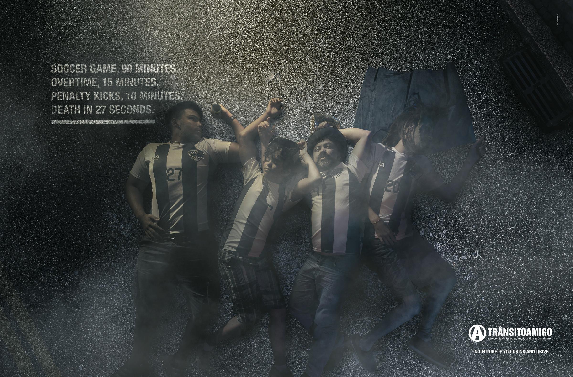 ONG Trânsito Amigo Print Ad -  Soccer