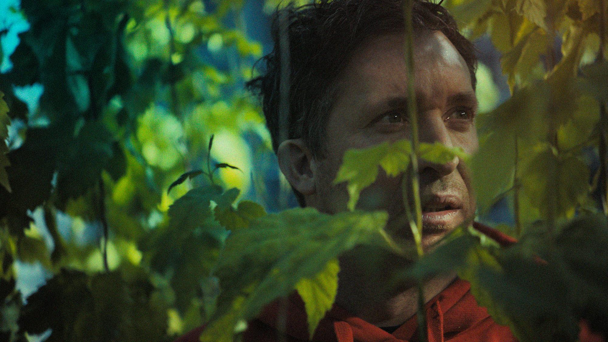 Carlsberg Integrated Ad - The Red Hops Experiment