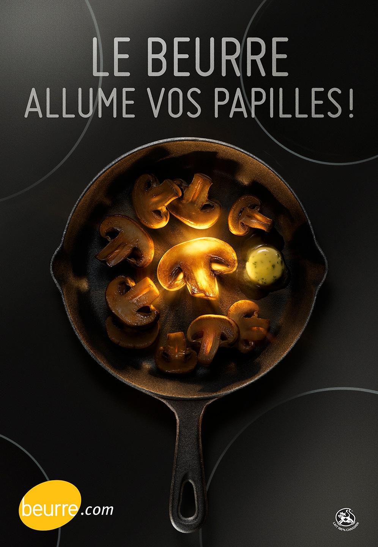 Fédération des producteurs de lait du Québec Outdoor Ad -  Mushrooms