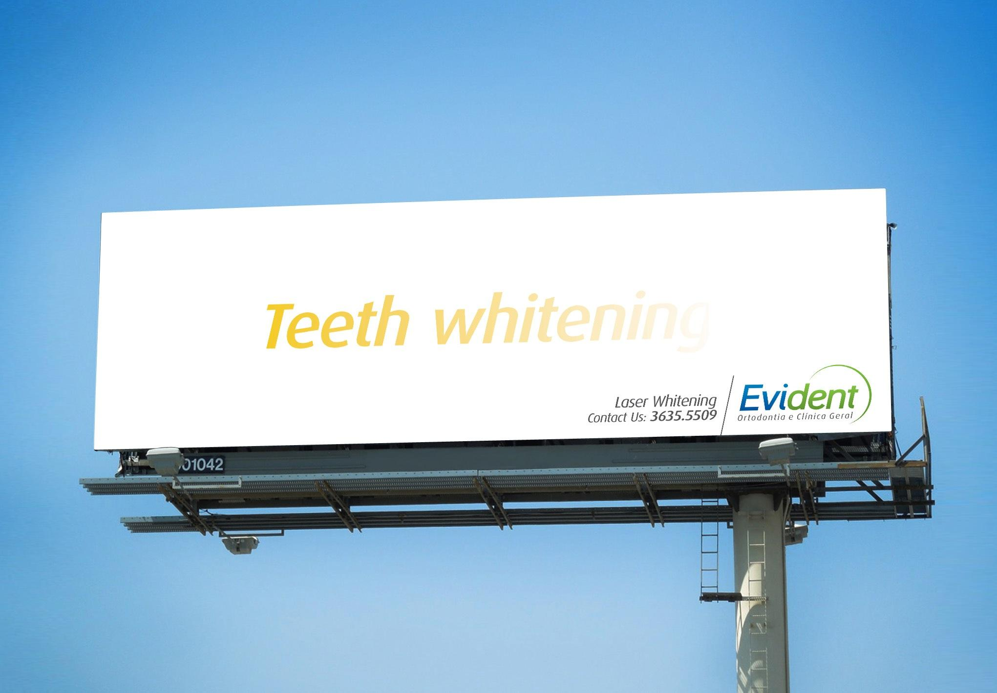 Evident Outdoor Ad -  Teeth whitening