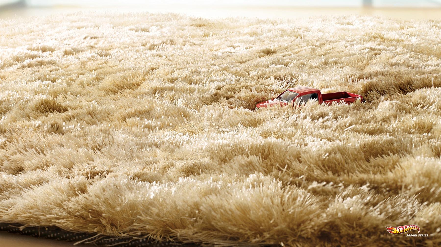 Hot Wheels Print Ad -  Grass
