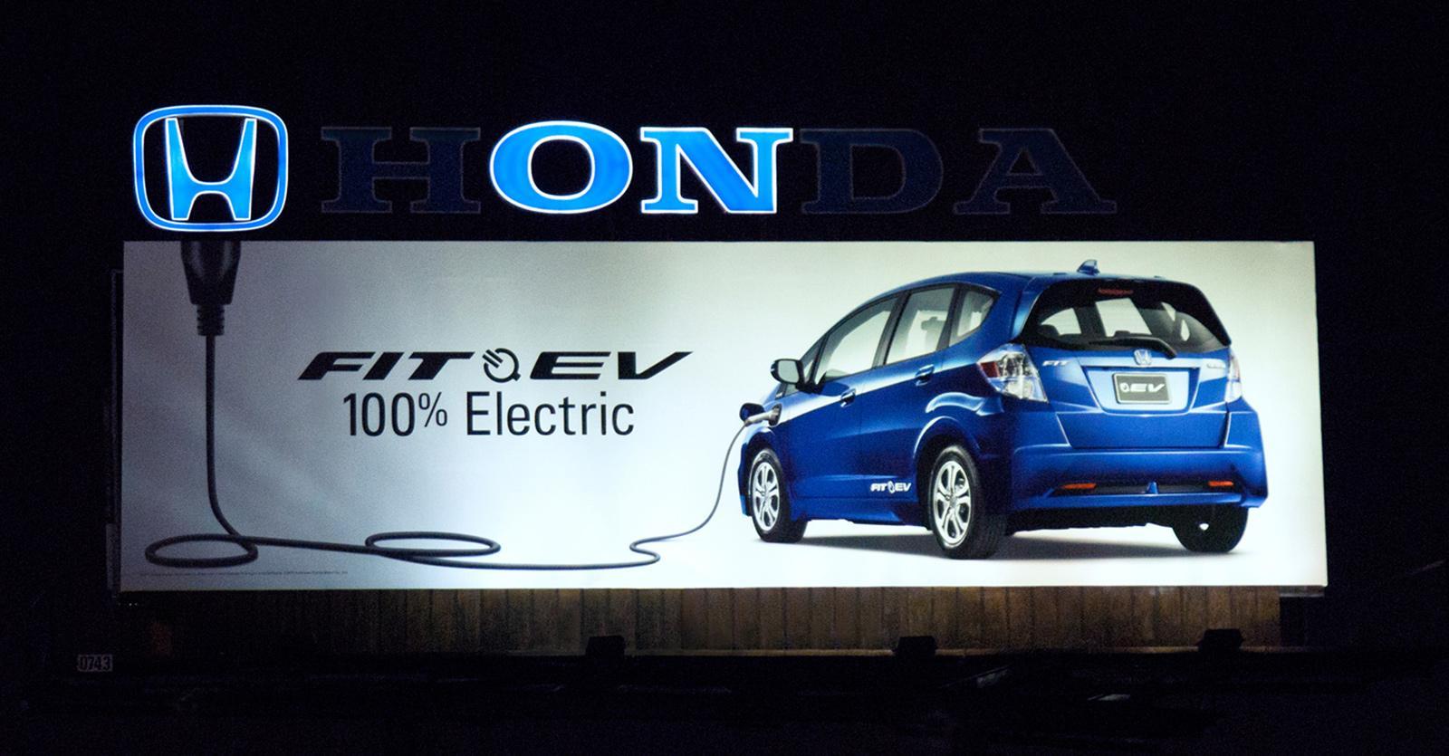 Honda Outdoor Ad -  Plug
