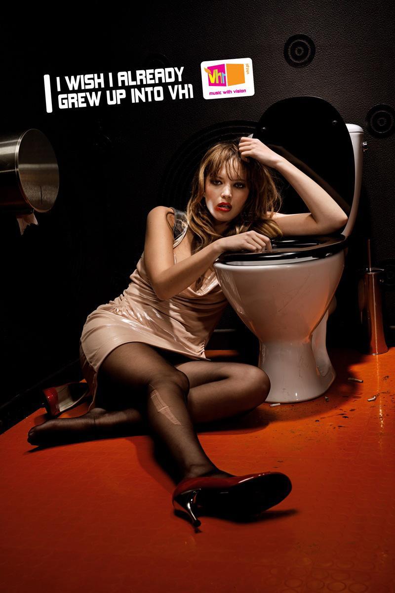 VH1 Print Ad -  Toilet