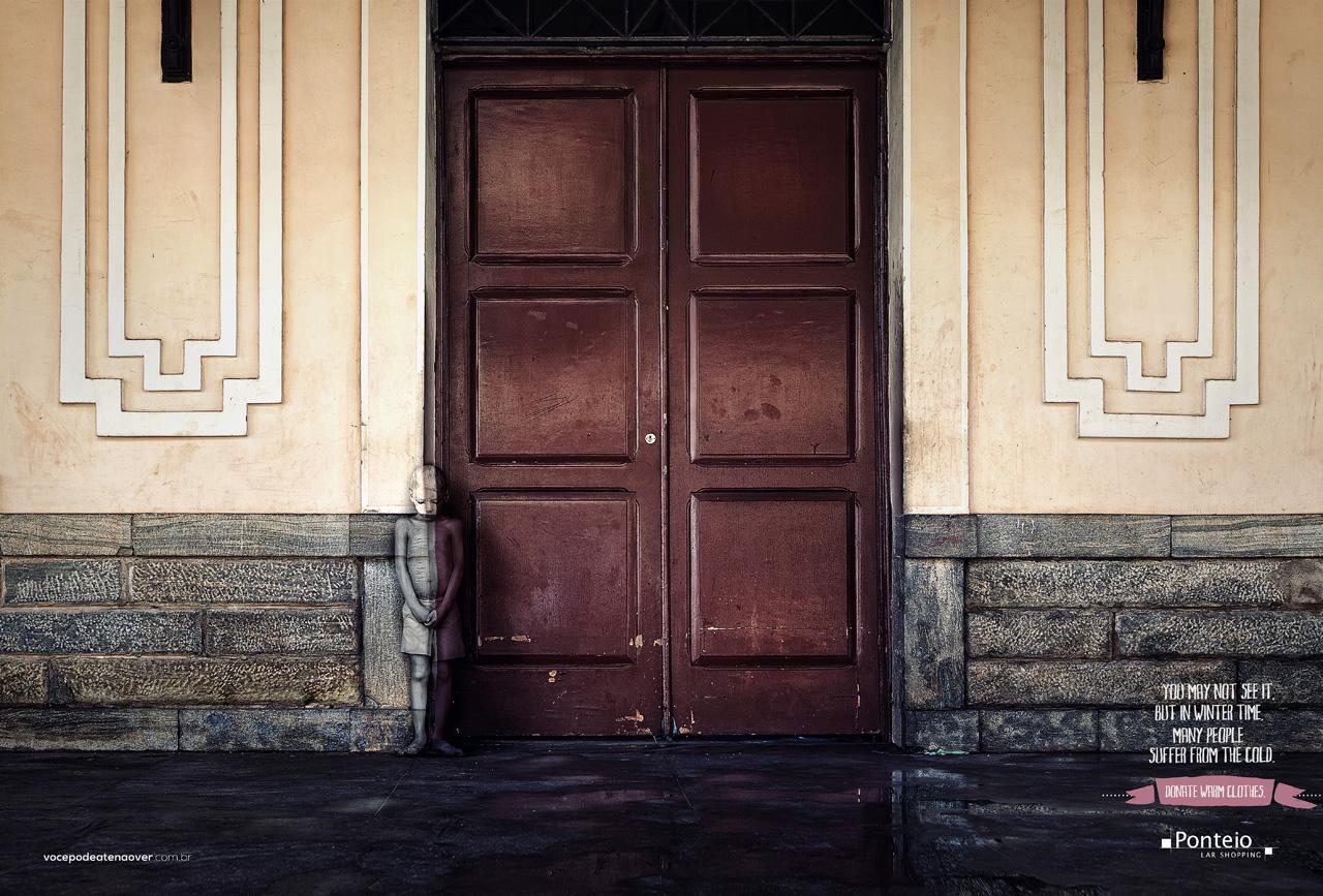 Ponteio Lar Print Ad -  Door