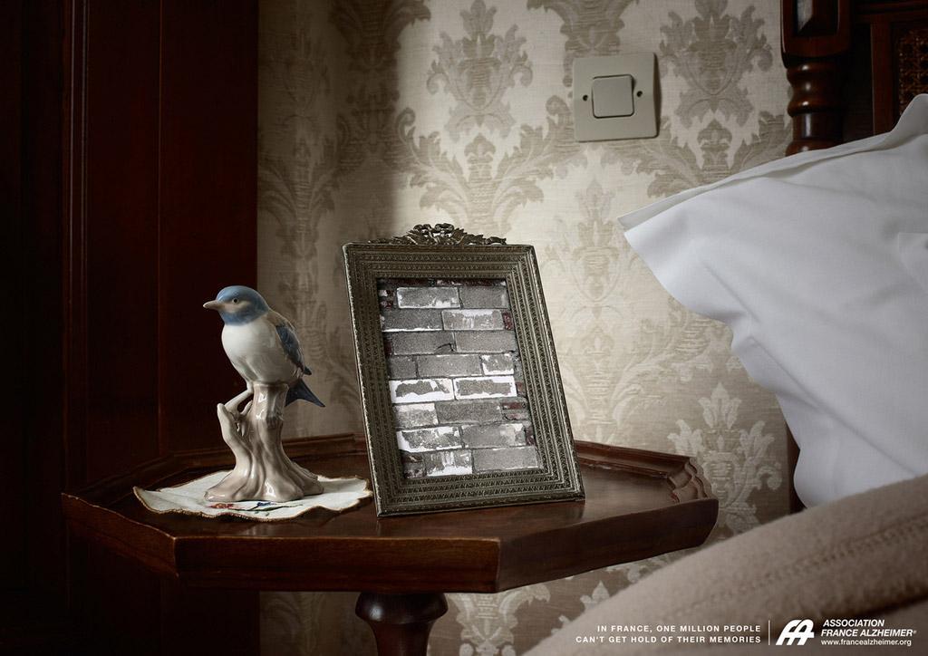 Association France Alzheimer Print Ad -  Frame, 3