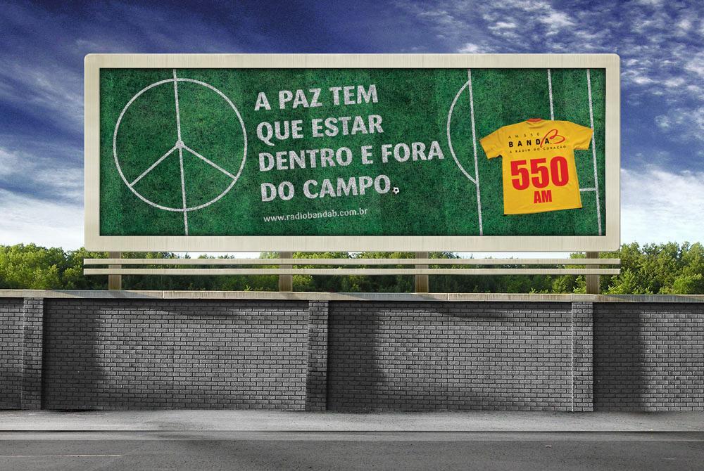 Radio Banda B Outdoor Ad -  Peace