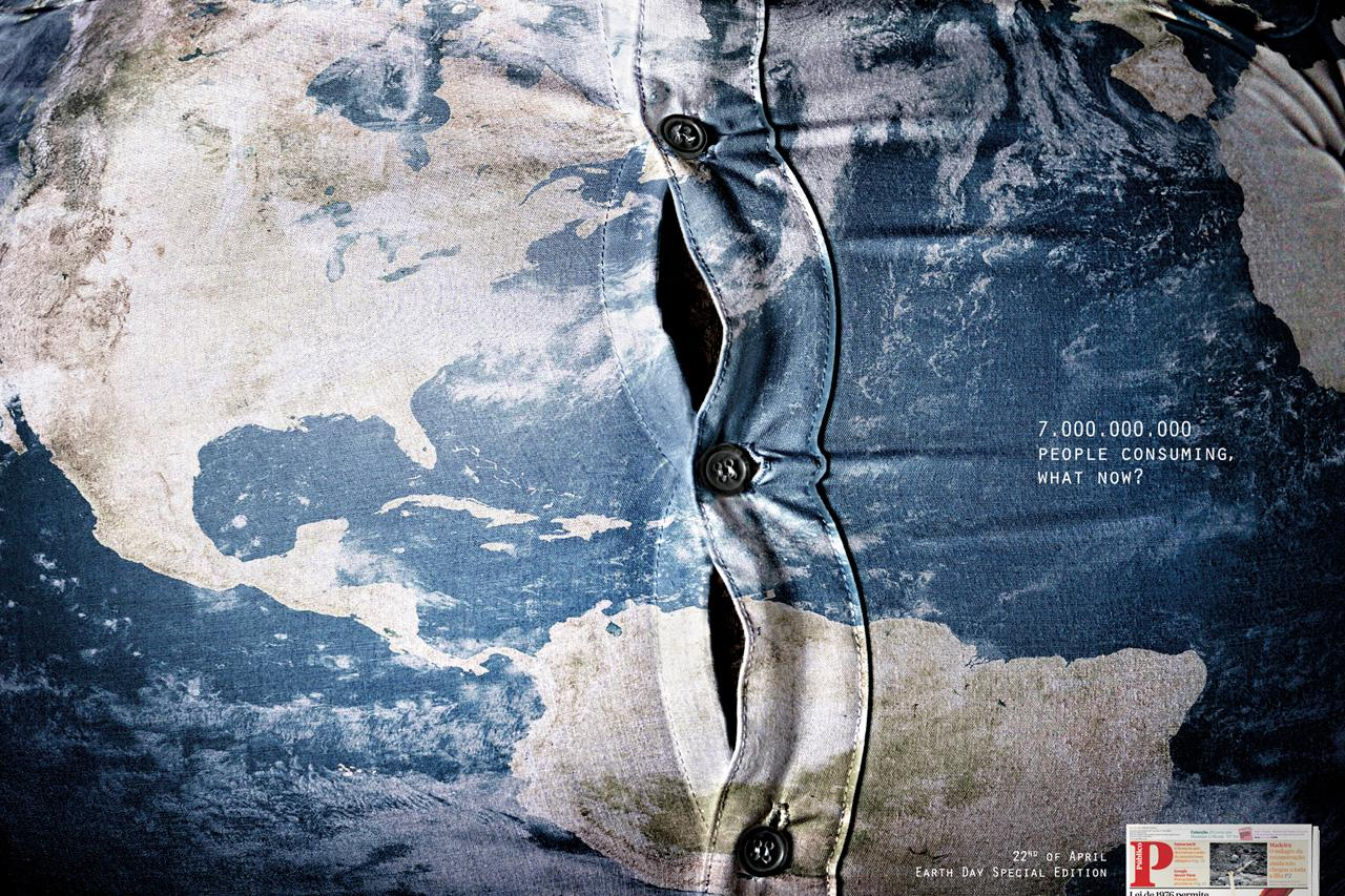 Público Print Ad -  Fat World