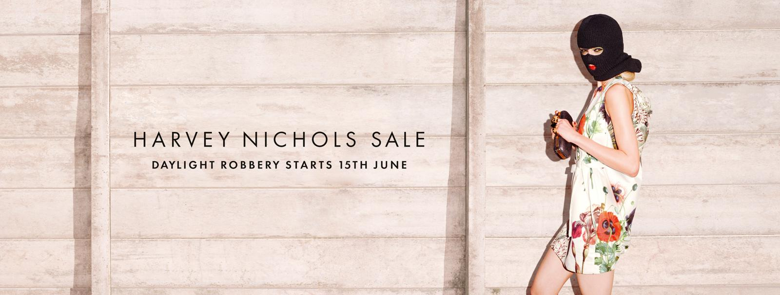 Up to 50% offDesigner Sale @ Harvey Nichols