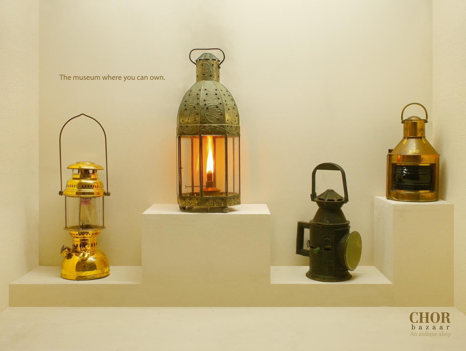 Chor Bazaar Print Ad -  Lamp