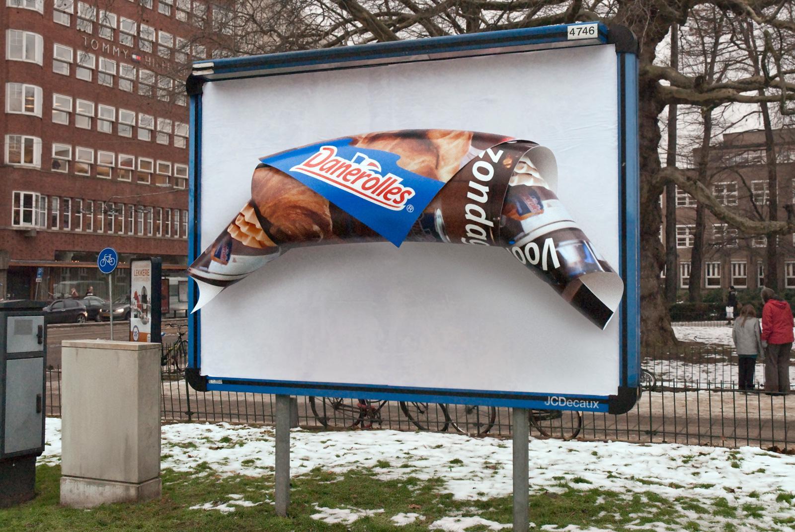Danerolles Outdoor Ad -  Mega Croissant