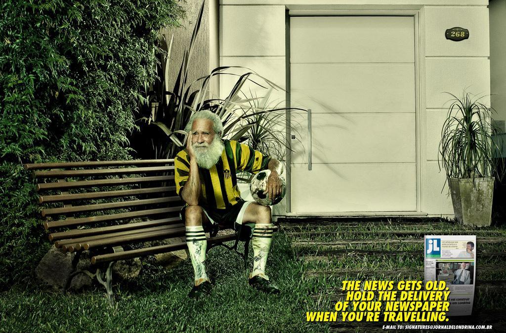 Jornal de Londrina Print Ad -  Football player