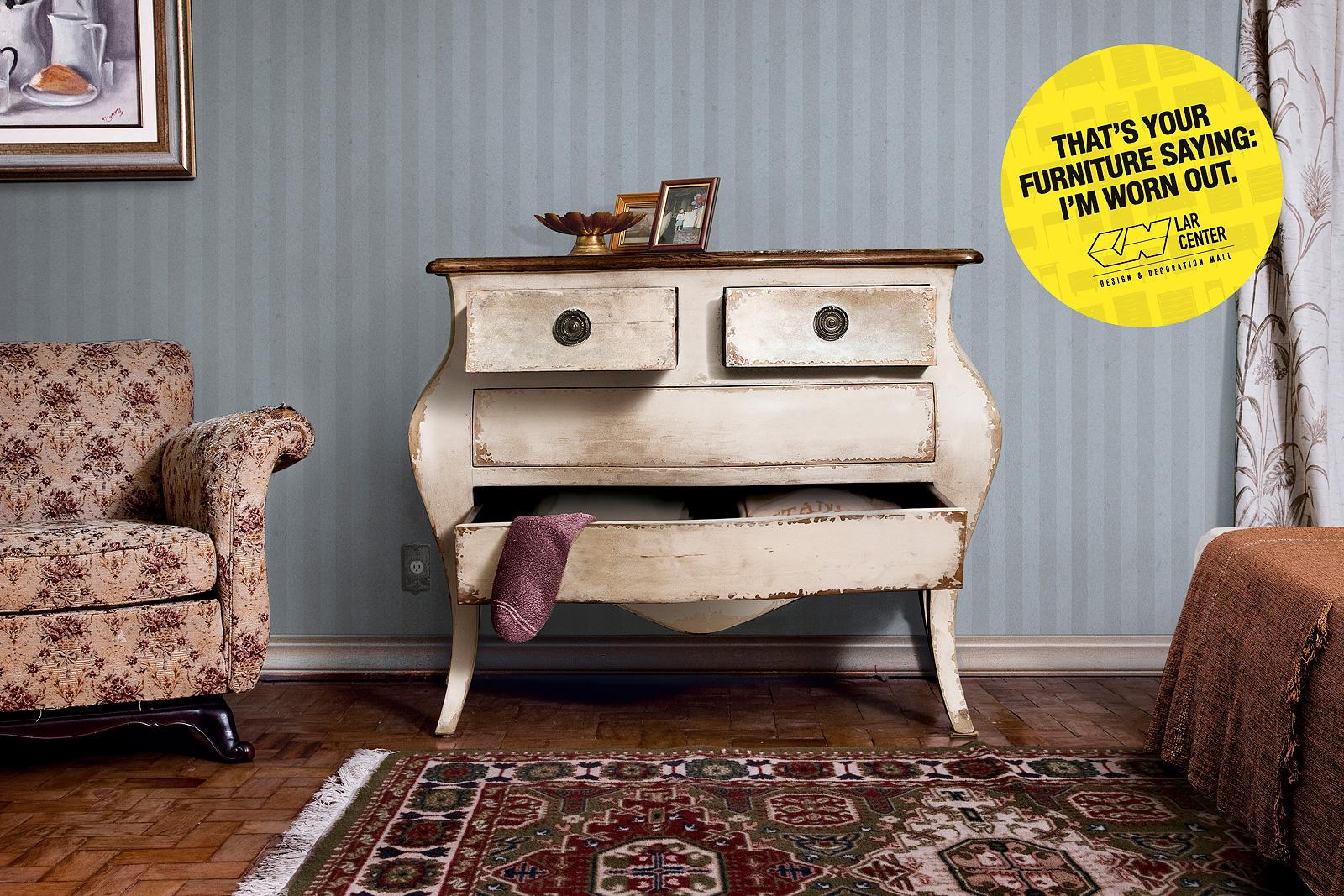Lar Center Print Ad -  Tired Furniture, 3