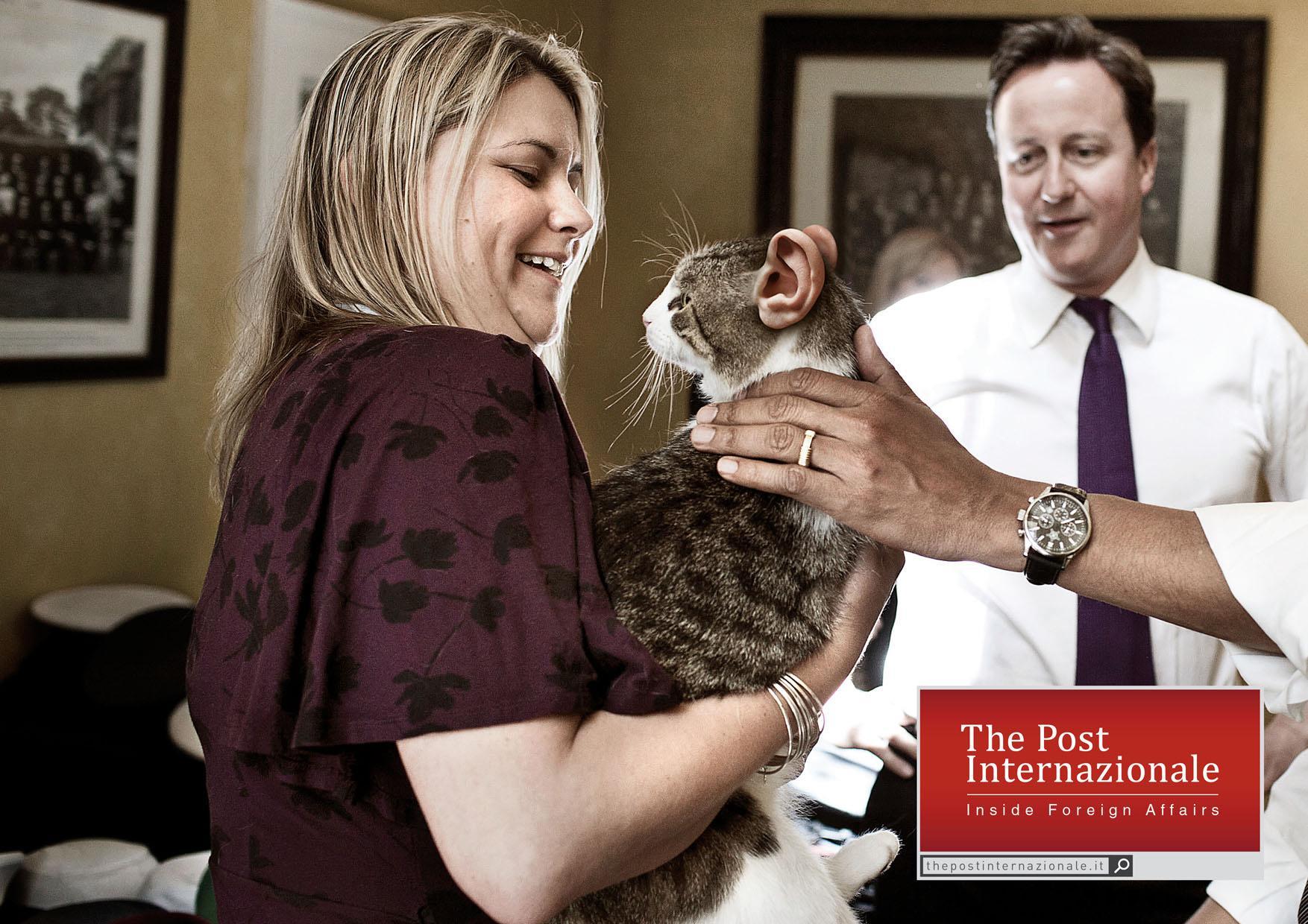 The Post Internazionale Print Ad -  Cameron