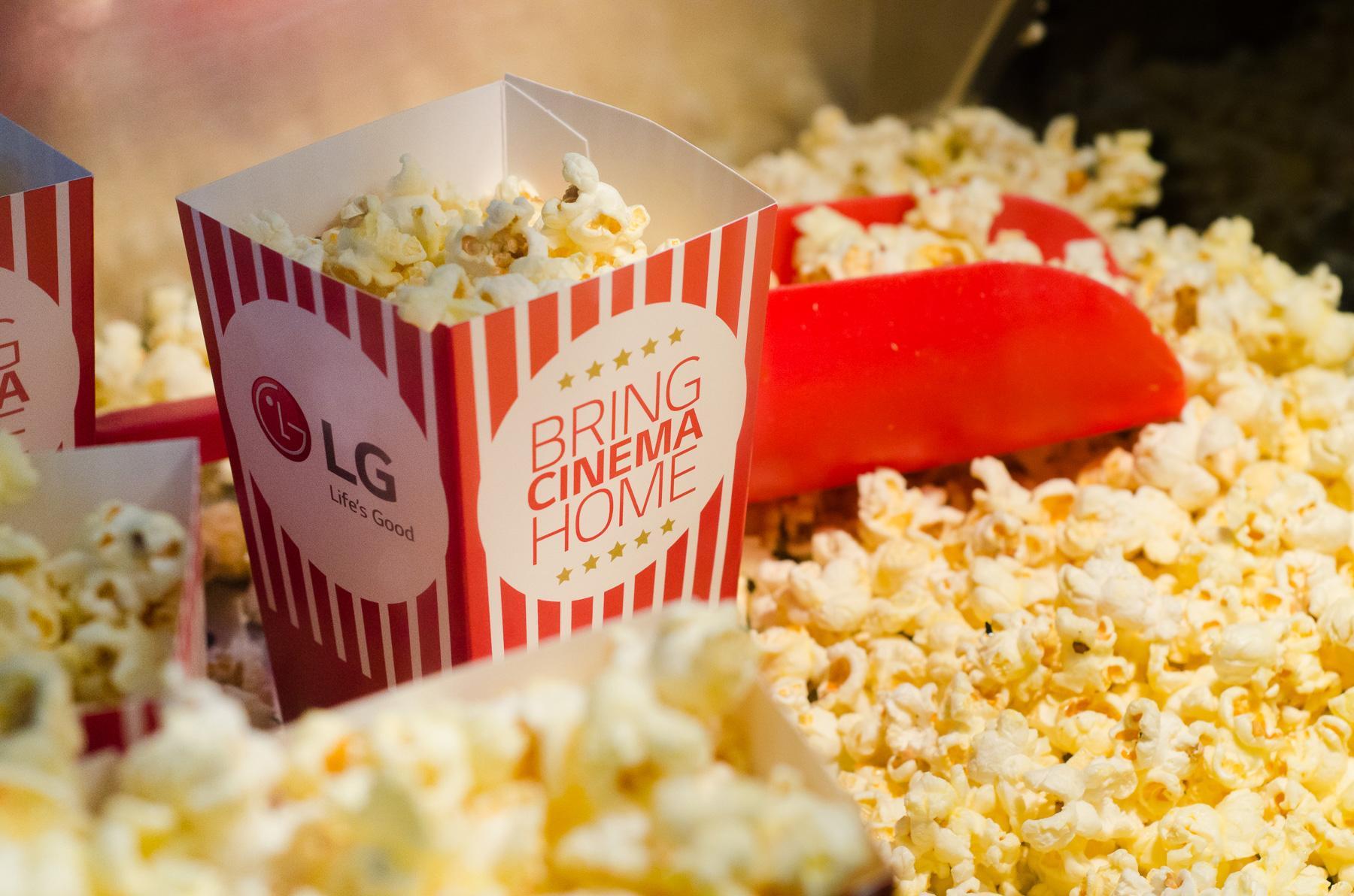 LG Experiential Ad - Bring Cinema Home