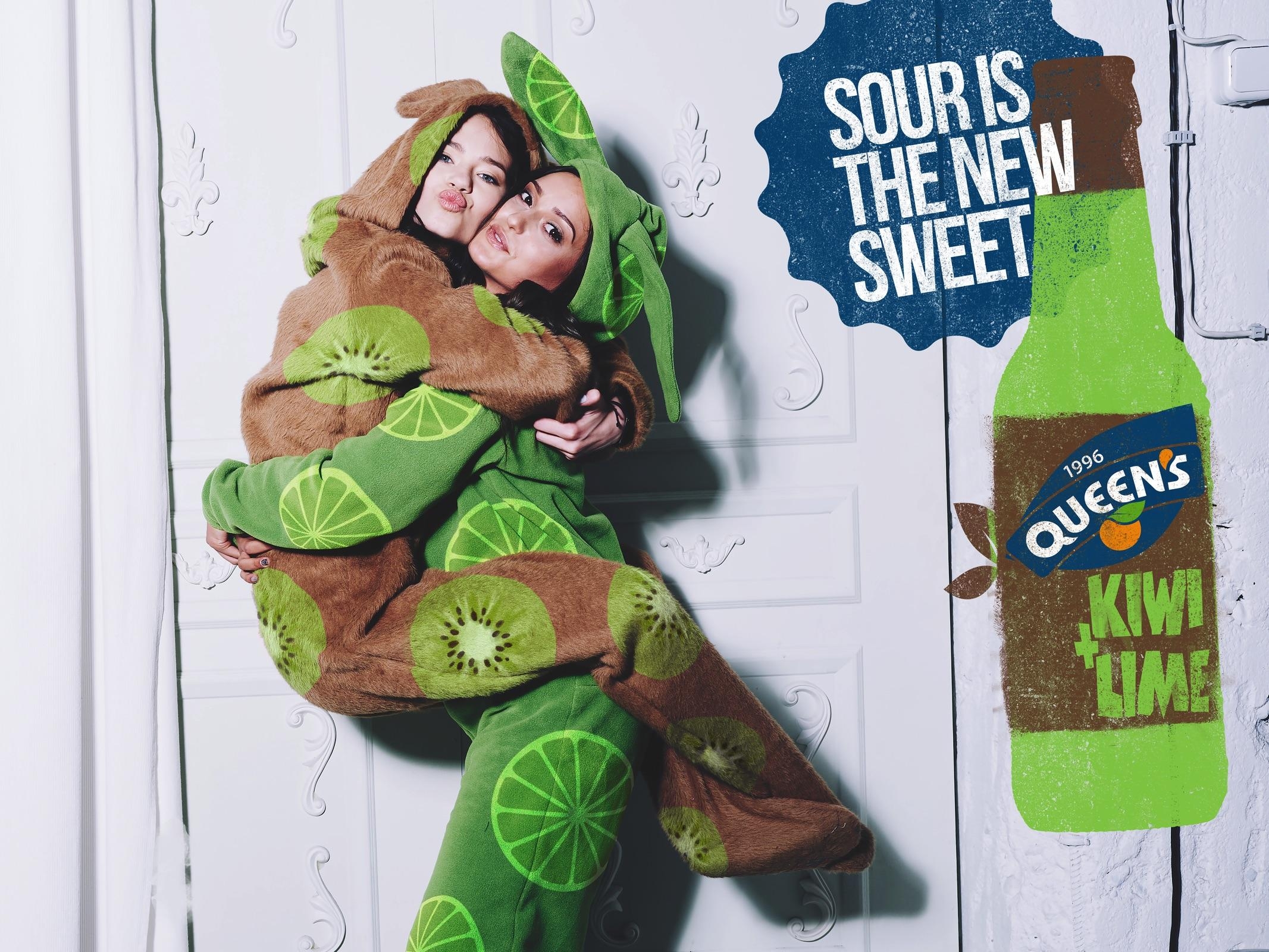 Queen's Print Ad - Playful Combinations - Kiwi + Lime