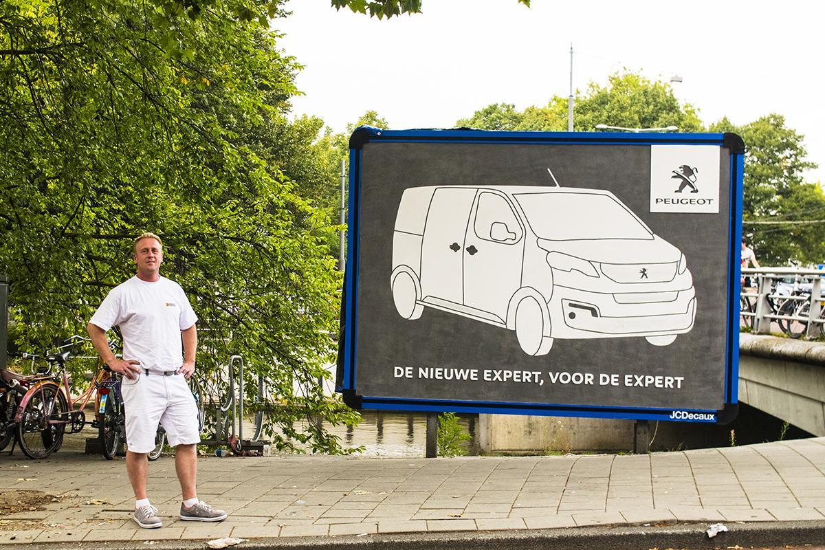 Peugeot Outdoor Ad - Masonry