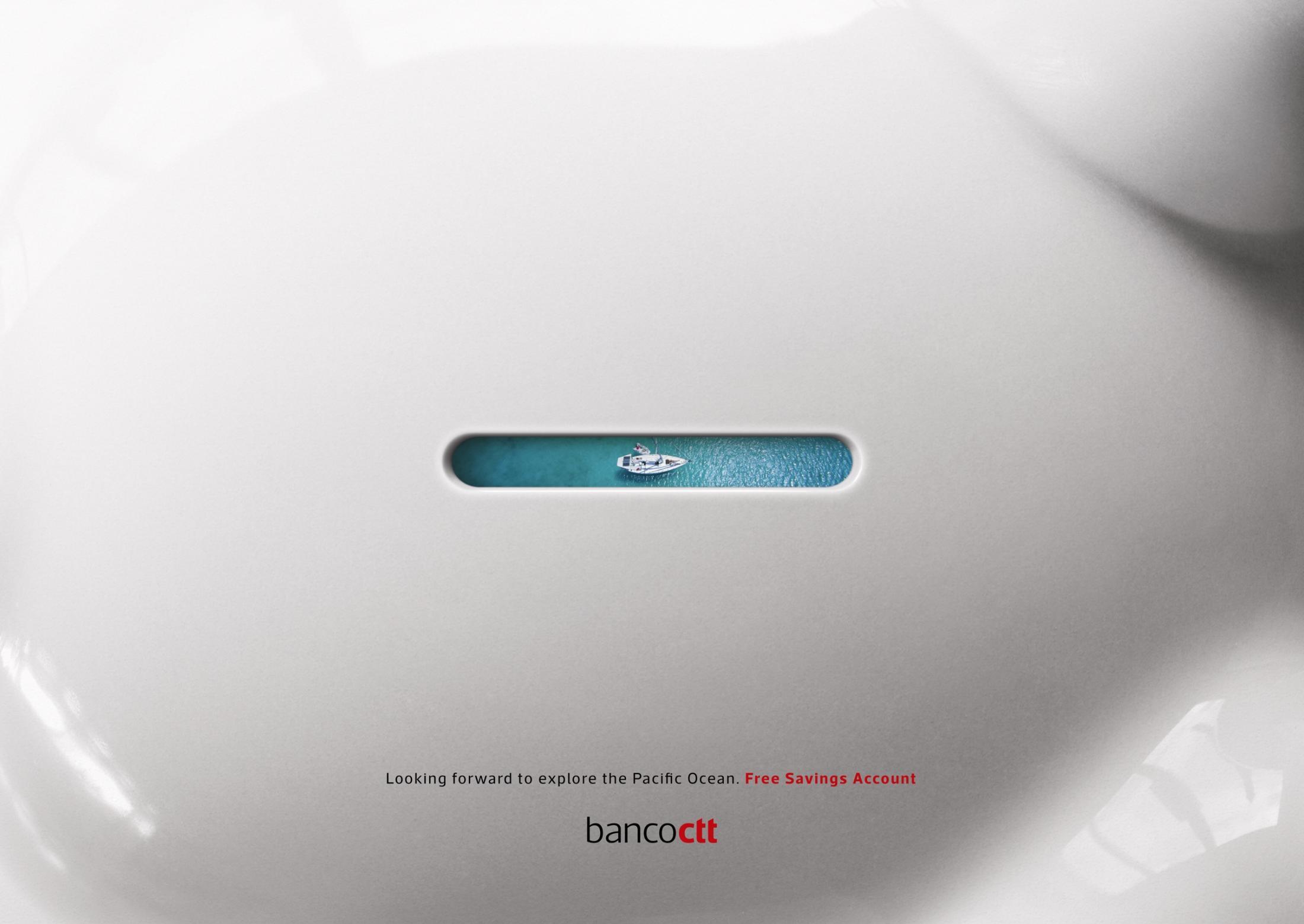 Banco CTT Print Ad - Through the Piggy Hole - Boat