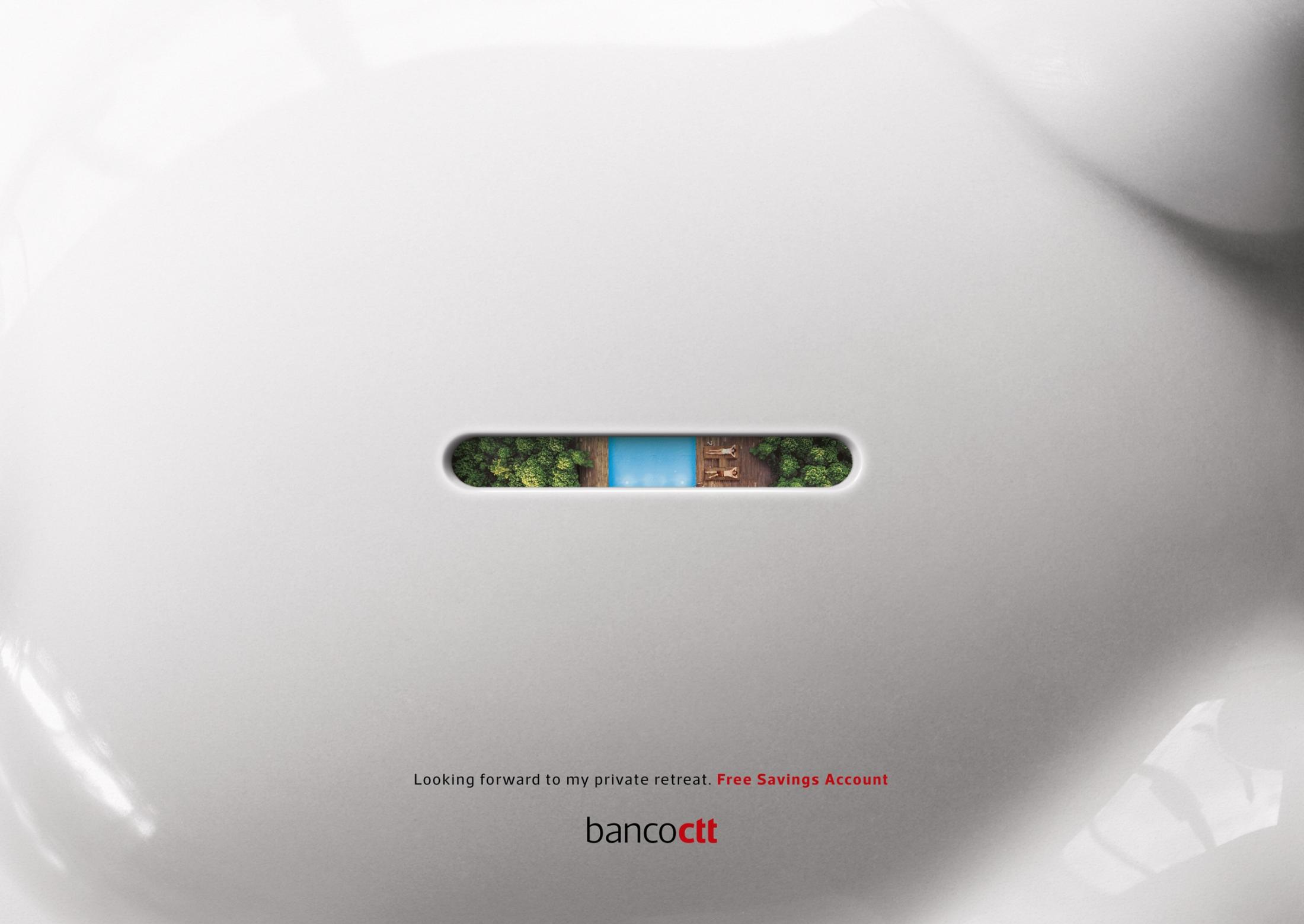 Banco CTT Print Ad - Through the Piggy Hole - Holiday House