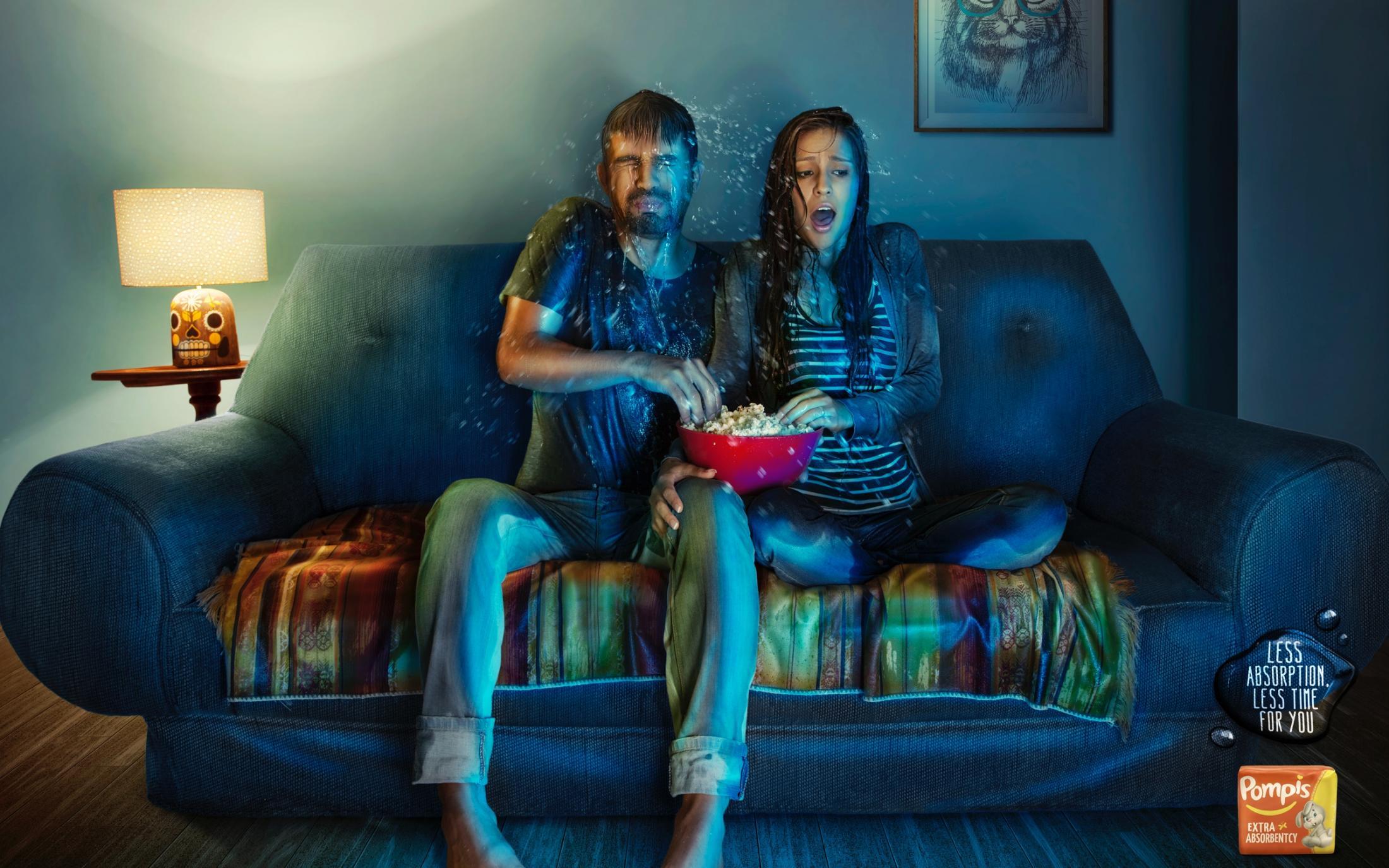 Pompis Print Ad -  Splash, Sofa