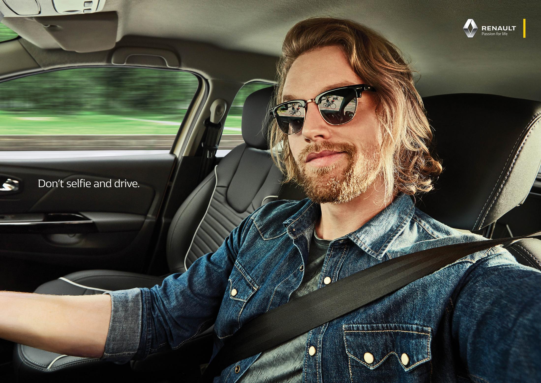 Renault Print Ad - Selfies, 2